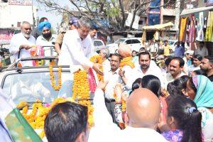Crucial election for Congress, Harish Rawat in Uttarakhand