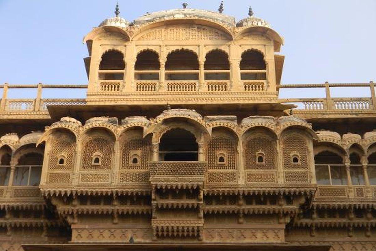 Jaisalmer: Abounding in golden magnificence