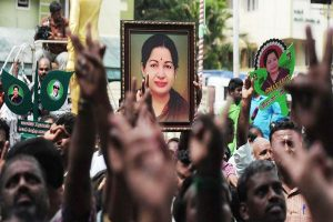 SC stays inquiry commission's probe into Jayalalithaa death over Apollo plea