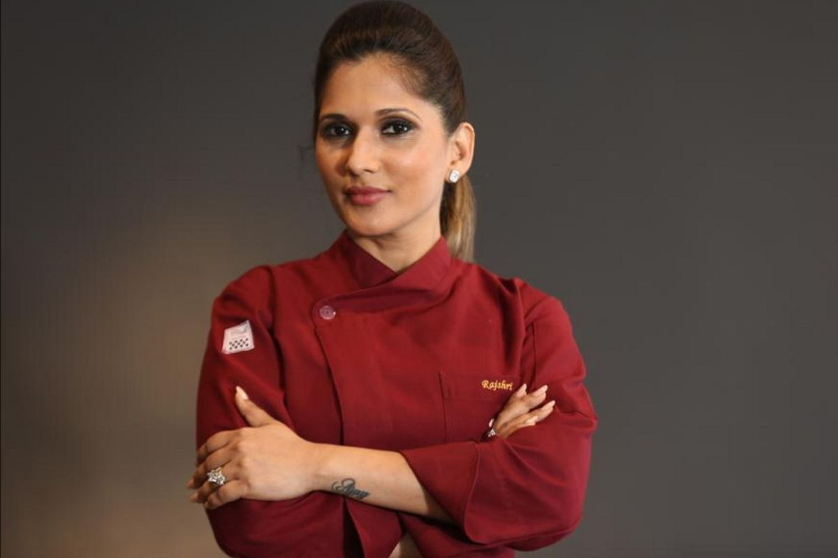 Chef Raji Gupta, recipes, gourmet chef, Berry & Me Mocktail, Mug Cake, Stuffed Bread Vada