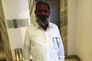Vij appeals voters to take 'revenge' for Sadhvi Pragya's 'torture' in jail