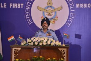 Air Chief Marshal BS Dhanoa leads missing man formation for Kargil war hero