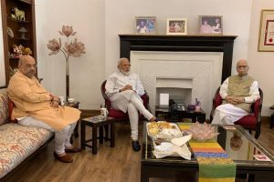 PM Modi credits LK Advani for historic win, calls Murli Manohar Joshi his mentor
