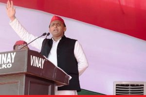 Akhilesh Yadav attacks PM Modi, says BJP's calculations have gone wrong