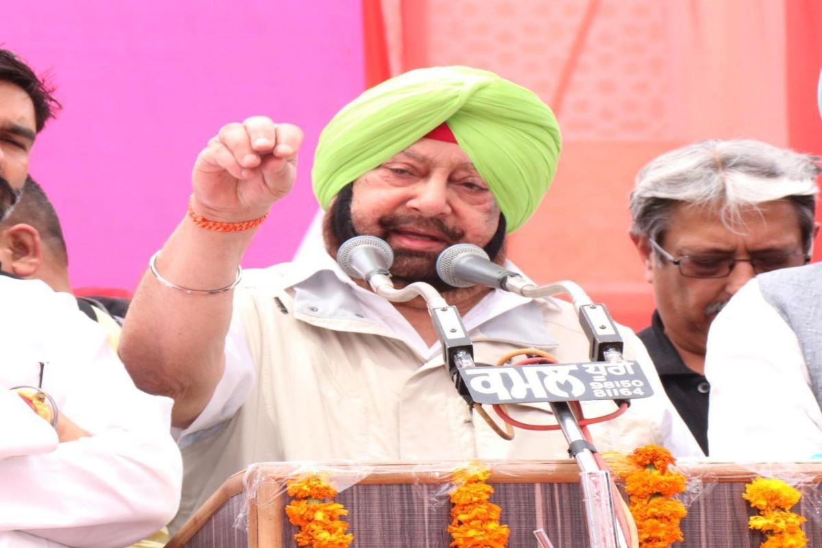 Amarinder Singh seeks Congress high command action against Navjot Sidhu's ill-timed comments