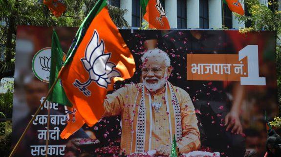 Decision 2019: Lok Sabha Election results Live Updates   Rahul Gandhi congratulates PM Modi, Smriti Irani
