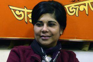 BJP, TMC workers clash in Bengal's Ghatal