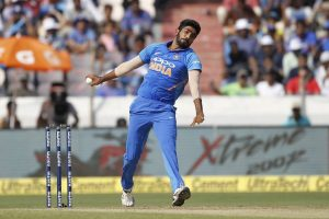 Variety in bowling makes India strong contender: Ian Chappell