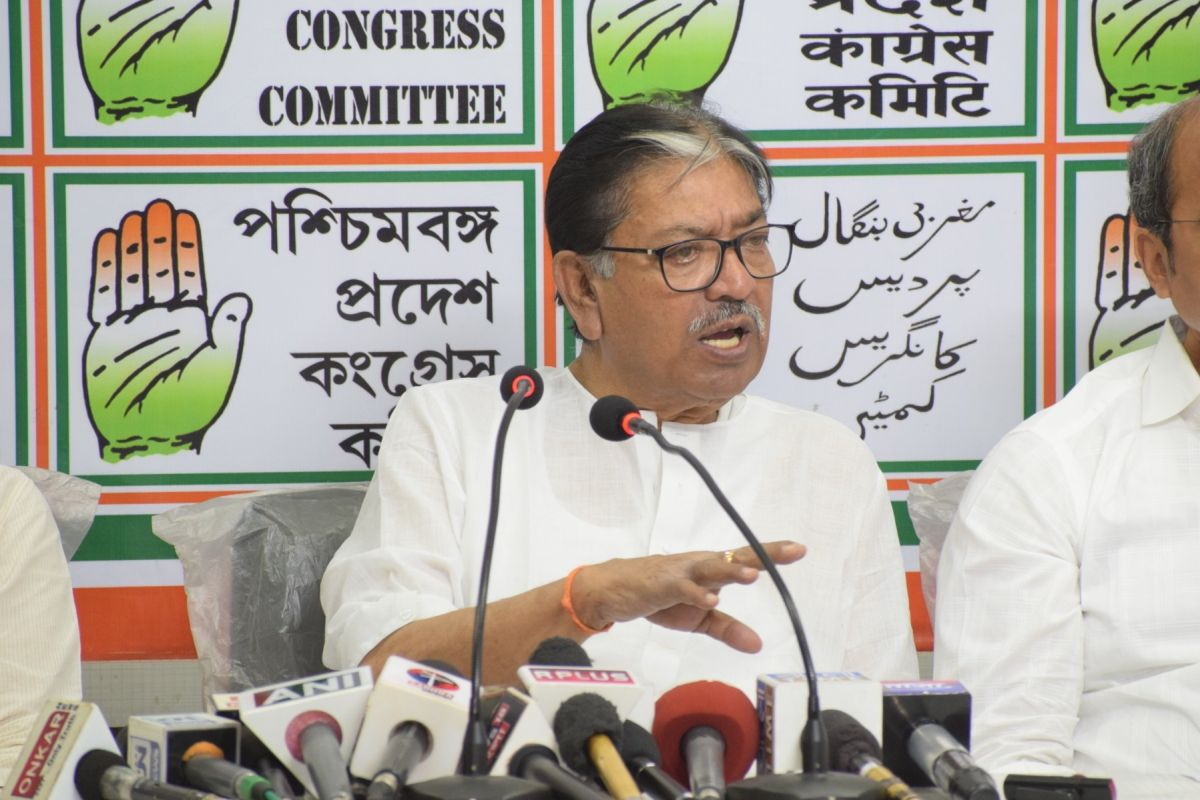 Congress reduced to two seats amid saffron storm in West Bengal