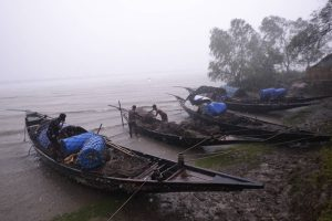 Cyclone Fani to stay over Bangladesh till 4 pm today