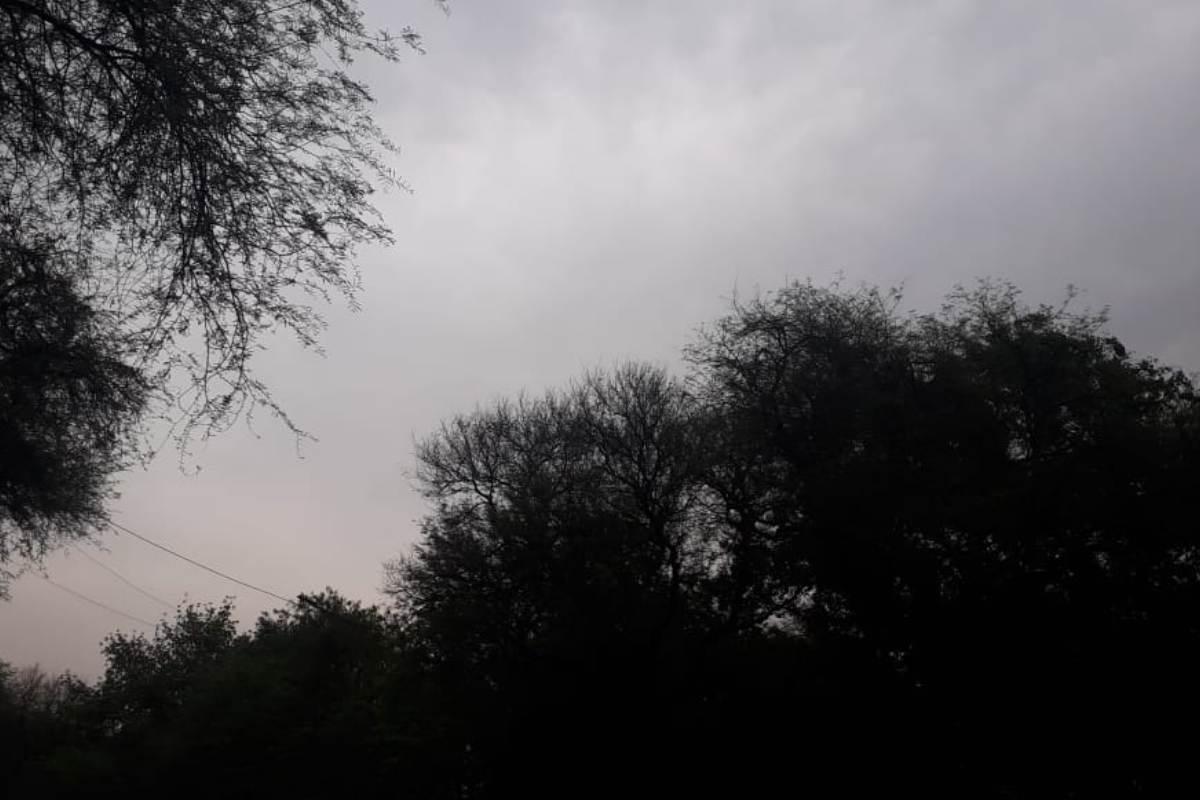 Overcast sky, Thunderclouds, Delhi temperature, IMD, Delhi Weather