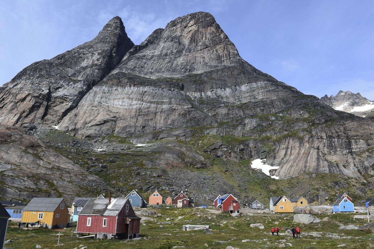 National Geographic Expeditions, Antarctica, Greenland, Norway, Ponant, Spitsbergen
