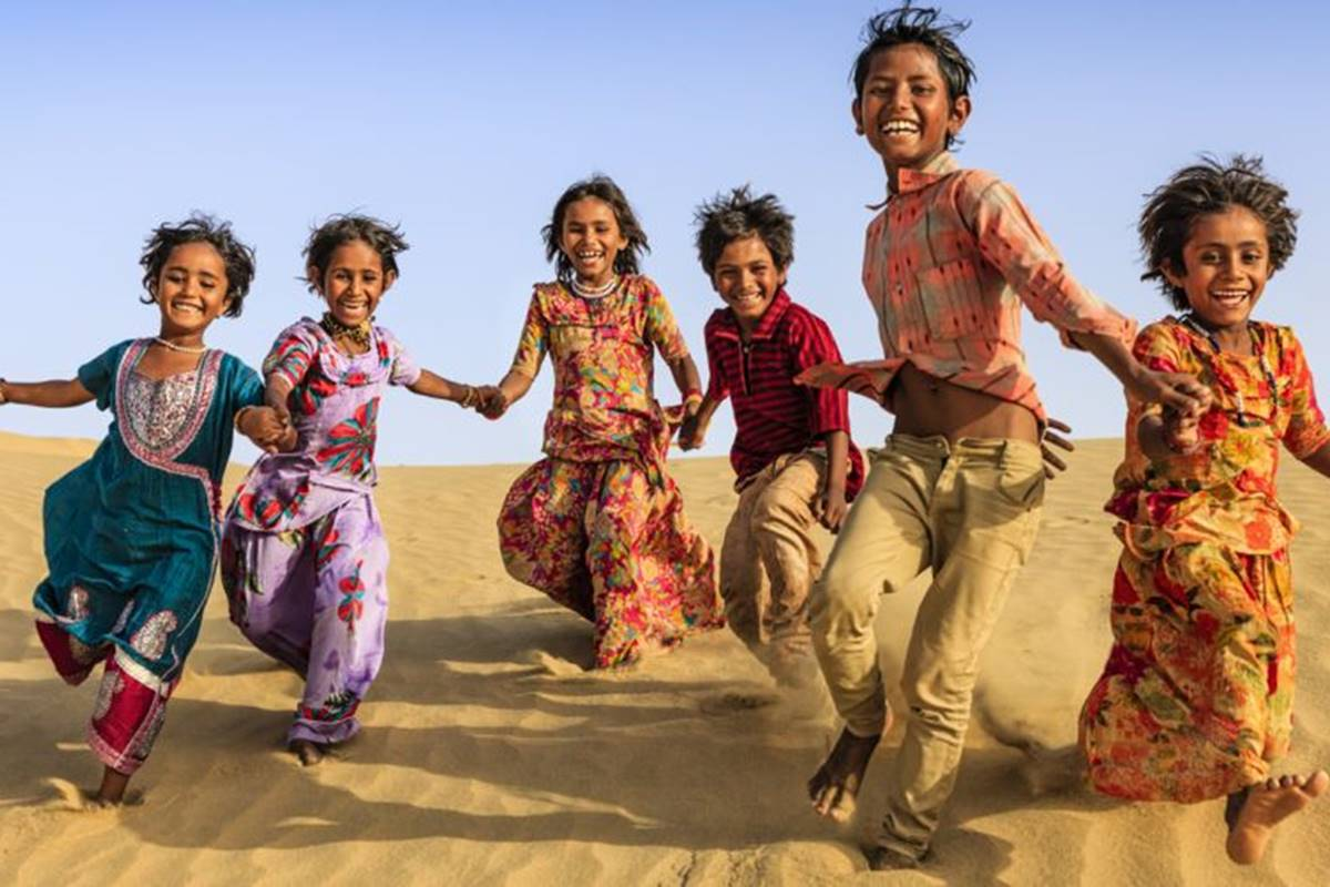 UN, World Happiness Report, GDP, growth and happiness, Economics, World War