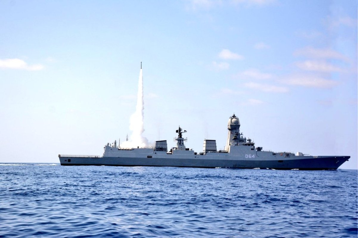 Indian Navy, Combat ability, Successful test, MRSAM, INS Kochi