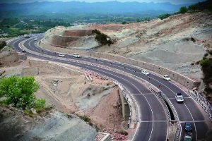 J-K Governor lifts civilian movement curbs on National Highway 44