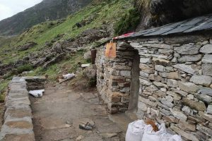 Construction of 3 meditation caves at Kedarnath gets completed
