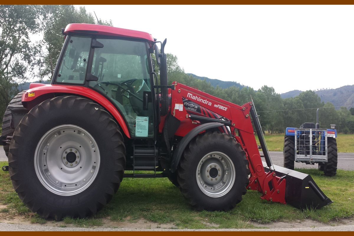 India's automobile majors, Mahindra and Tata, made their presence felt at Africa's biggest annual agricultural expo with their new range of products useful for farming and construction.