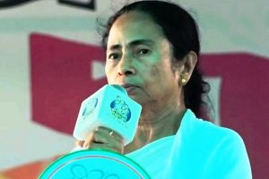 Mamata's house, neighbourhood wear deserted look