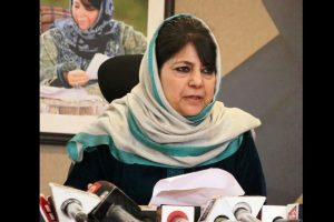 Mehbooba Mufti welcomes Imran Khan's call to Narendra Modi