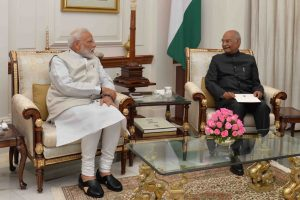 PM Modi tenders resignation to President Kovind, may take oath on 30 May
