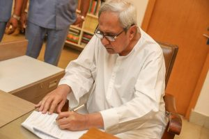 Naveen Patnaik tees off as Odisha Chief Minister