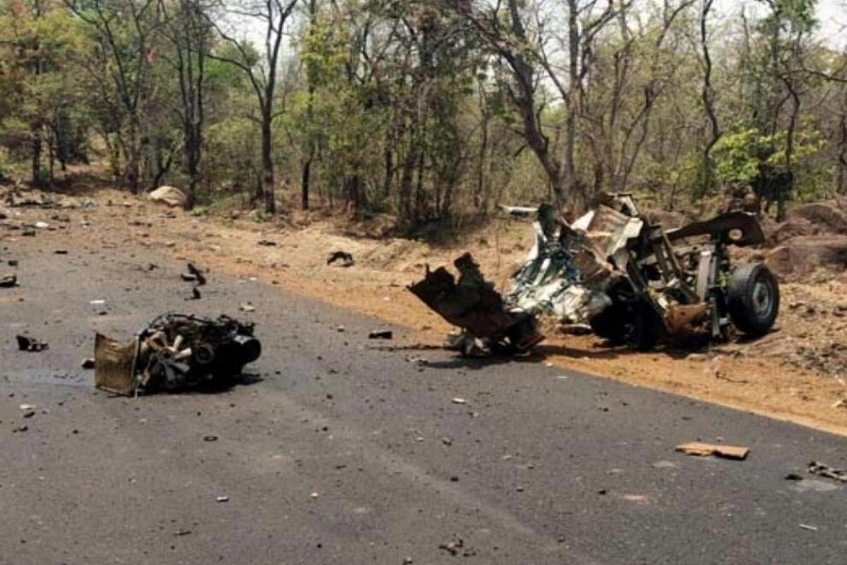 Maharashtra DGP, Intelligence failure, Gadchiroli Naxal attack, IED blast