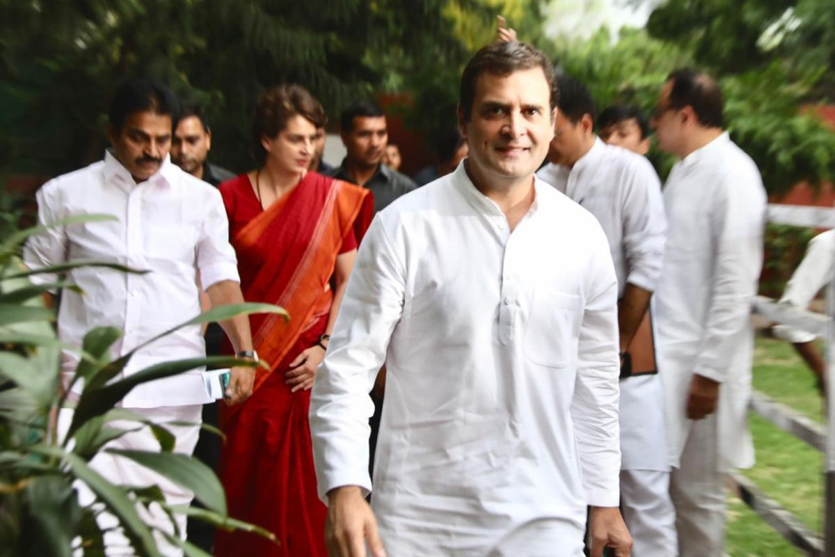 Amid Congress leadership crisis, party leaders converge on Rahul Gandhi residence