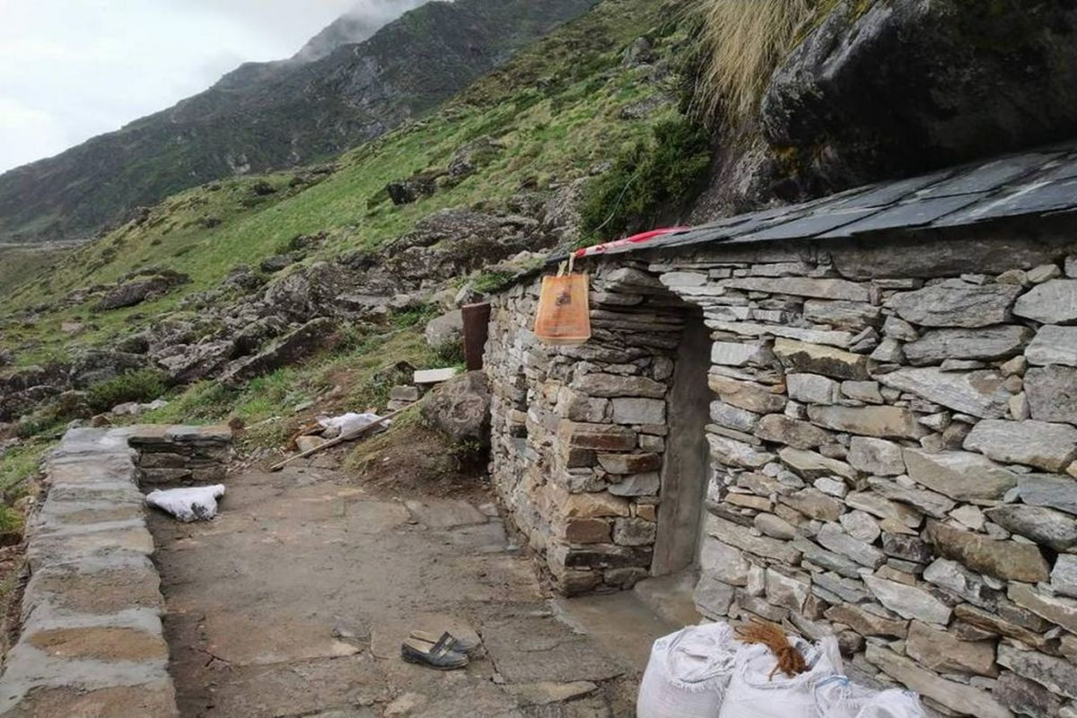 Image result for kedarnath rudra meditation cave