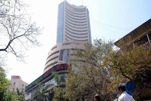 Sensex ends 140 pts higher, VIX at 4 yr high