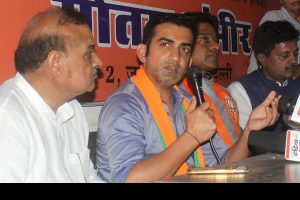 BJP MP Gautam Gambhir attacks Arvind Kejriwal over pamphlet row