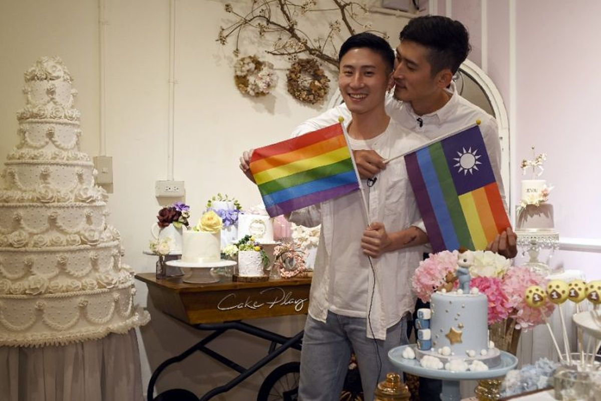 Taiwan gay couples