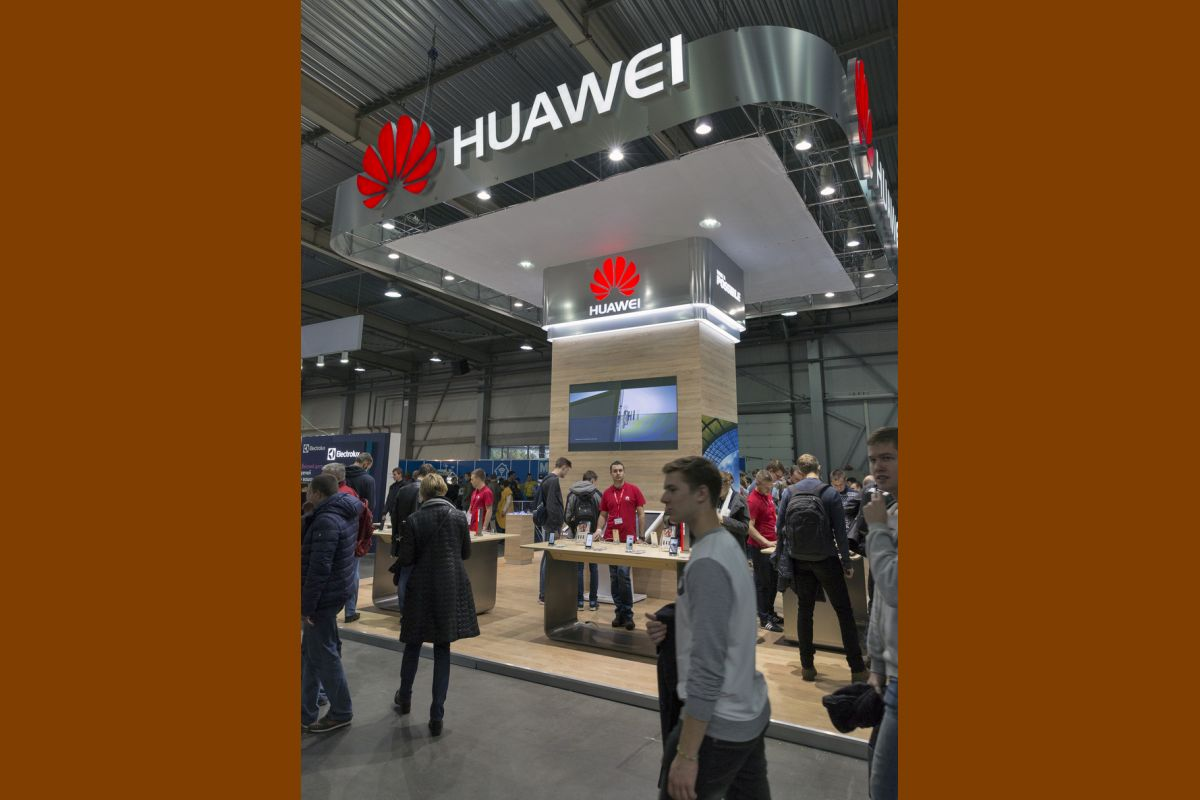 Complying to US President Donald Trump's executive order to crack down on Chinese tech companies, software giant Microsoft has removed Huawei laptops from the store, while remaining silent on the potential Windows ban.