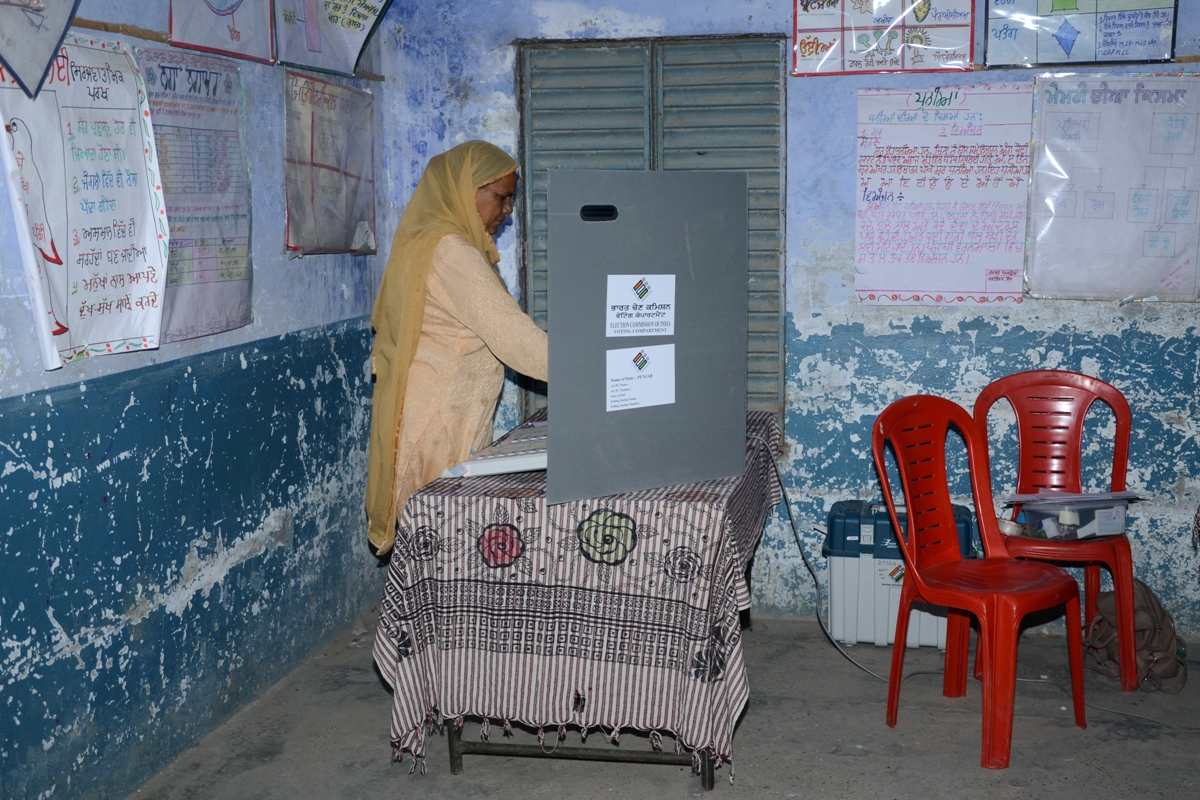 India, Nepal, poll systems, First- Past-the-Post, Lok Sabha