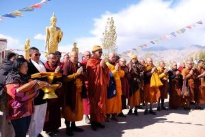200 monks from Thailand to embark on Walk for World Peace in Himalayas
