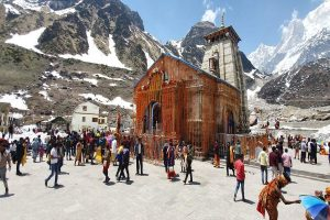 Kedarnath temple reopens for pilgrims, 2000 attend opening ceremony