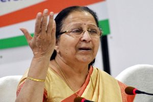 'Tai' only BJP leader to admonish me: PM Modi praises Sumitra Mahajan