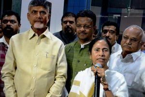 Chandrababu Naidu, Mamata Banerjee hold meeting in Kolkata