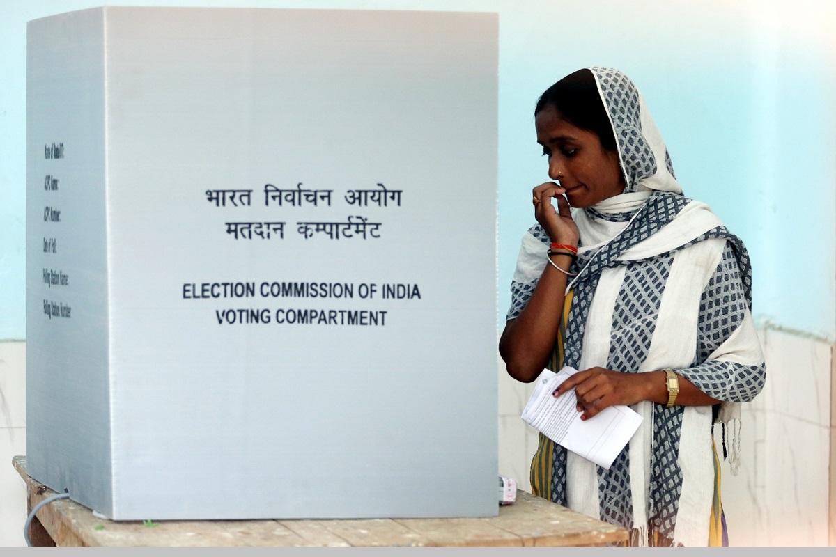 Amethi, Rae Bareli, Lucknow, Lok Sabha elections, Uttar Pradesh, Congress, Rahul Gandhi, Smriti Irani, Bharatiya Janata Party, BJP, Priyanka Gandhi Vadra, Sonia Gandhi, Election Commission