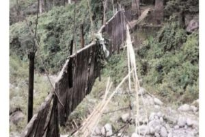 Two killed in Kalimpong bridge collapse