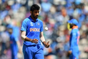 Bumrah holds key to India's chances but 'freak' Warner can do it for Aussies: Clarke
