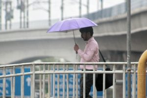 Rain in Delhi brings respite from intense heat