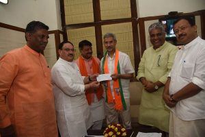 EAM S Jaishankar joins BJP, named party candidate for Gujarat Rajya Sabha seat
