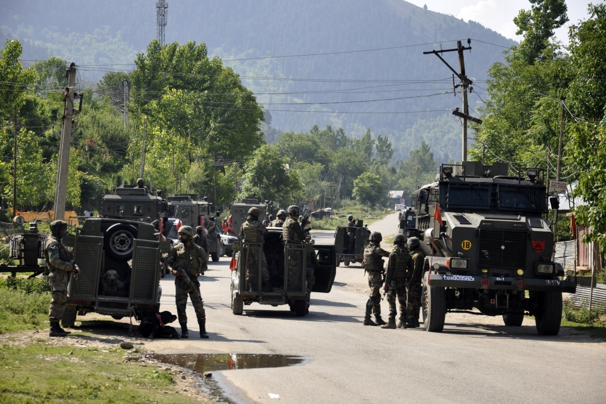 Two terrorists killed, Soldiers, Anantnag, Injured, Indian Army