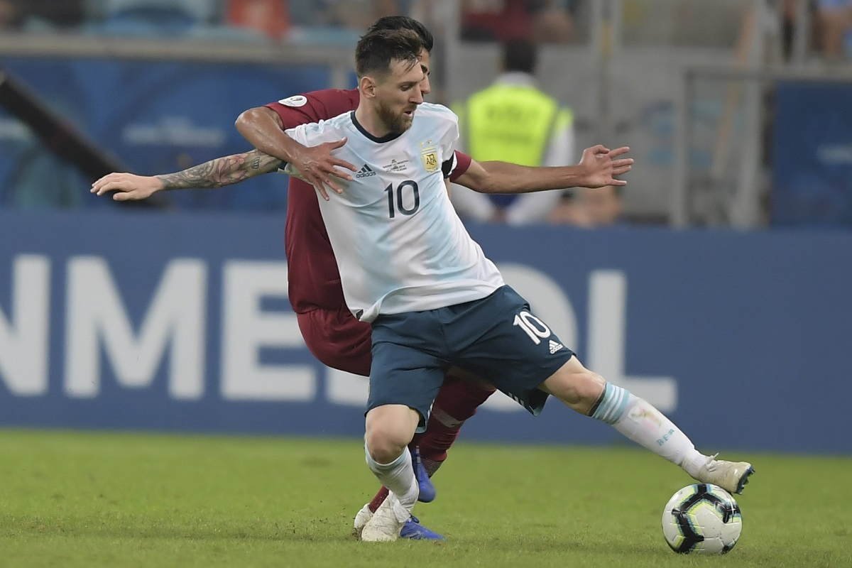 Venezuela 0 - 2 Argentina - Match Report & Highlights