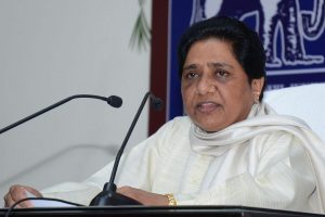 Akhilesh Yadav 'anti-Muslim', Mulayam Singh working hand in glove with BJP: Mayawati