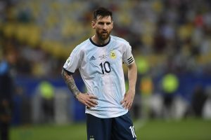 Luis Suarez defends Lionel Messi over accusations of influencing Argentina squad
