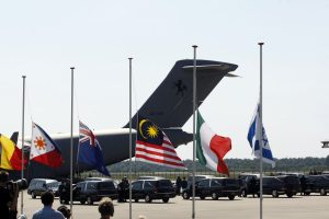 Australian MH17 crash victims' kin reach settlement with airline