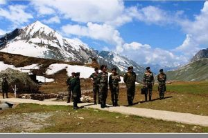 Northern Army commander reviews security for Amarnath pilgrimage