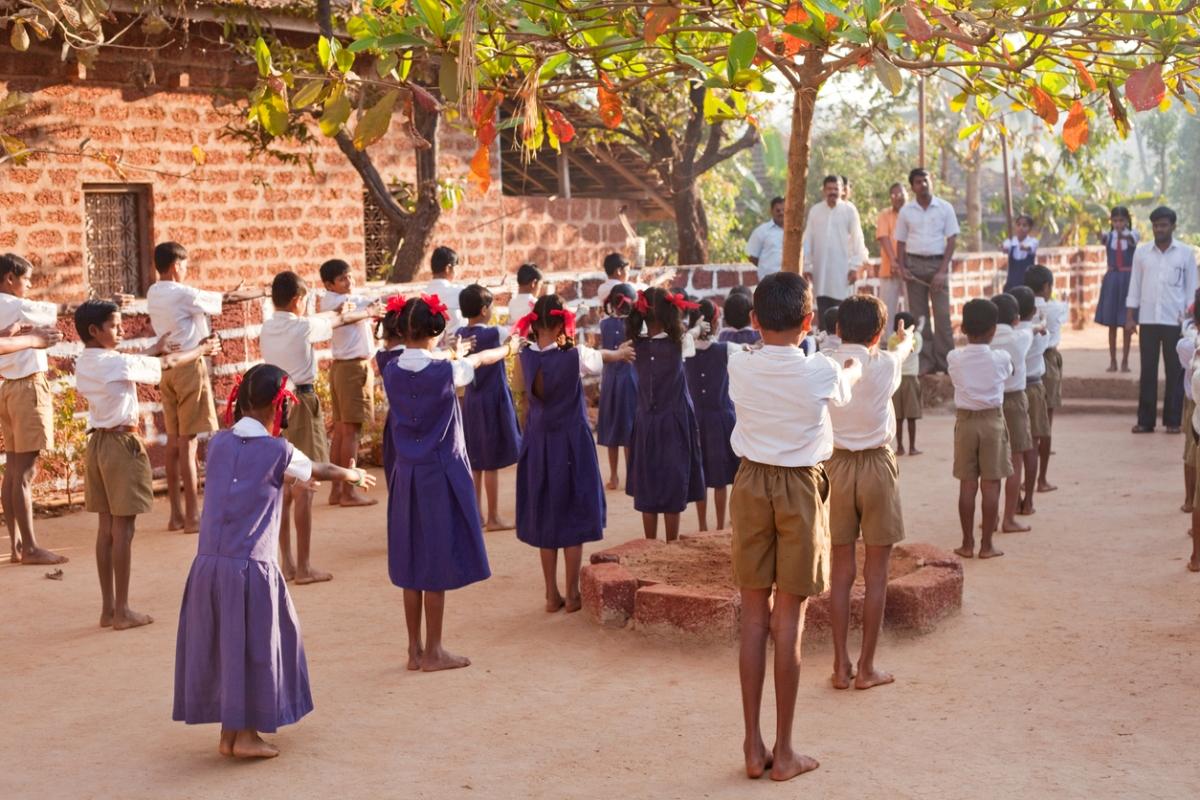 Maharashtra, school textbooks, gender stereotypes, School Students
