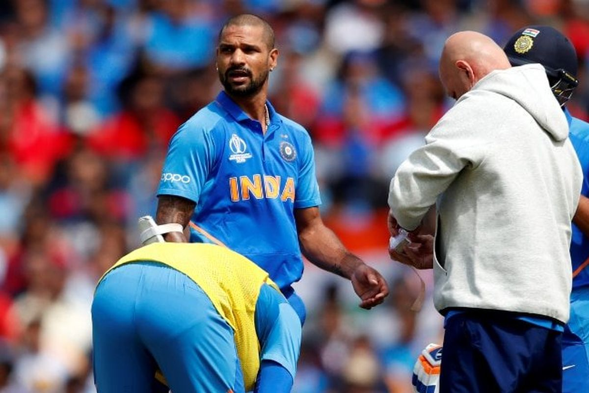 Injured Shikhar Dhawan works out in gym, shares video